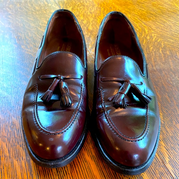 Sharp Bostonian Mens Loafers Tassel Burgundy